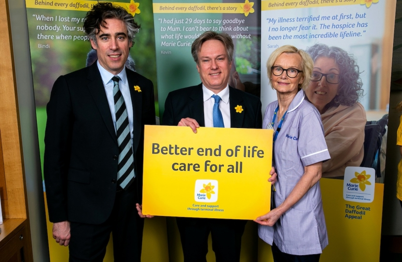 Henry Smith MP and Stephen Mangan Launch Marie Curie Great Daffodil Appeal